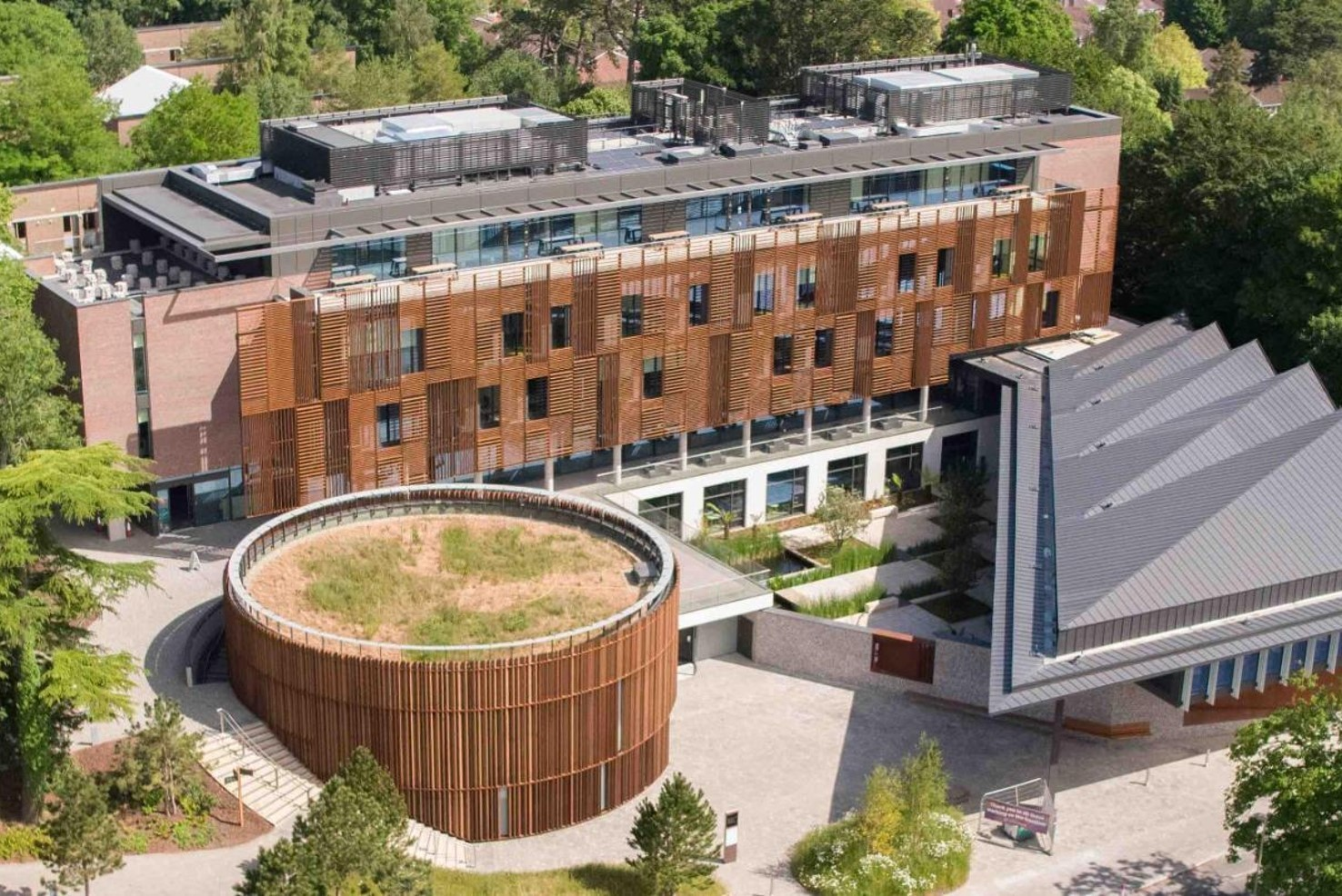 WEST DOWNS CENTRE: New Building for University of Winchester